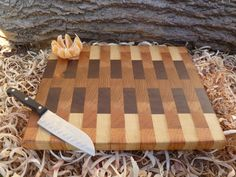 Wood cutting board - great pattern!