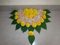 Easy Border Rangoli With Flowers. Flowers Decoration Ideas At Home. Hi, I am Poonam Hedau. Flower Rangoli Images, Simple Flower Rangoli, Rangoli Designs Flower, Colorful Rangoli Designs, Rangoli With Flowers, Rangoli Ideas, Flower Designs, Diwali Decoration Lights, Diwali Decorations At Home