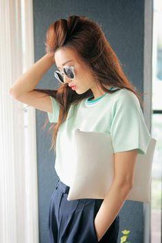 Stylenanda - Ribbed Neck Half T-shirt
