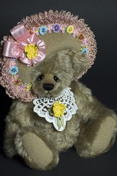 Little Miss Priss - Created from distressed mohair - about 9.5 inches. #artistbear #artistbears #teddybear #teddy #handmade