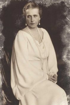 Queen Marie of Romania Victoria And Albert, Queen Victoria, Romanian Royal Family, Princess Alice, Ferdinand, Grandchildren, Descendants, Marie, Edinburgh