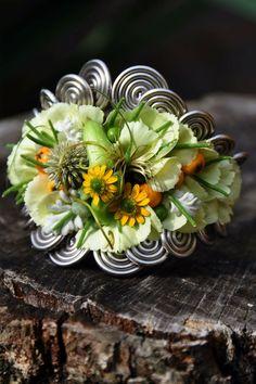 Flower Corsage, Wrist Corsage, Corsage Wedding, Wedding Bouquets, Floral Wedding, Wedding Flowers, Forever Flowers, Floral Design, Art Floral