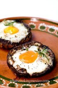 Baked egg in portabella mushroom