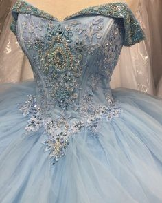 Major Cinderella vibes with this gorgeous newly arrived beauty!!  call us to book you an appointment and help you find the gown of your dreams! . . . . . #bridesmaid #flowergirl #quinceañera #wedding #decor #reception #venue #bridal #quinceanera #15años #salon #decoracion #misquince #quincedress #dress #bridaldress #vestidodequinceañera #quinceaneradress  #weddingdecor #halldecor #damas #bridesmaids #quince #vestido #photooftheday #boda #xv #prom #prom2018 #promdress