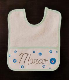"""Babero """"Marco""""."""