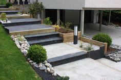 escalier avec pelouse