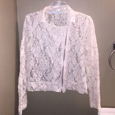Lace jacket with side zip Maurice's off-white lace jacket with side zip. Never worn. No tags. Size large. Very nice! Maurices Jackets & Coats