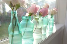 DIY Vintage Mason Jars with food coloring and paint