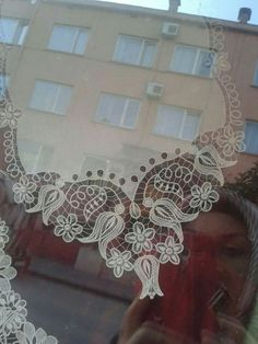 This post was discovered by Ew Filet Crochet, Irish Crochet, Crochet Lace, Embroidery Stitches, Hand Embroidery, Romanian Lace, Lacemaking, Point Lace, Needle Lace