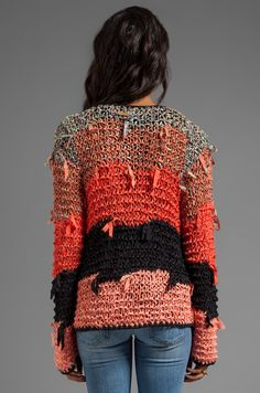 Shop for Tigerlily Ginna Cardi in Goa at REVOLVE. Pull Crochet, Mode Crochet, Crochet Yarn, Knit Crochet, Knitting Designs, Knitting Patterns, Crochet Patterns, Chanel Couture, Knitted Coat