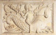 Duomo di Modena, architrave porta della Pescheria. Favole e miti: Nereide che cavalca un Tritone.  Dettagli:  http://sandramaccaferri.blogspot.it/2010/06/favole-e-miti.html