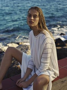 Vanessa Axente by Rory Payne for Stefanel Spring-Summer 2019 Ad Campaign - Minimal. Fashion Magazine Cover, Magazine Covers, Summer Campaign, Campaign Fashion, Fashion Advertising, Fashion Photo, Women's Fashion, Summer Vibes, Editorial Fashion