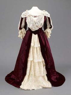 Dress 1897 Hull Museums