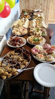 We cater for parties at The Leopard, whatever the occassion or celebration we have a tempting selection of hot & cold buffets to suit all tastes & pockets.