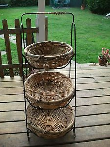 Vintage Style 3 Tiered Free Stand Vegetable Fruit Wicker Baskets Iron Frame