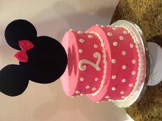 MINNIE MOUSE CAKE www.sweetaddictioncake.com