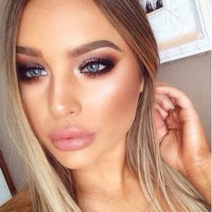 """Brookelle McKenzie on Instagram: """"Using only @anastasiabeverlyhills Shadow Couture palette on eyes! I used Soft Peach, Morocco, Fudge, Pink Champagne, Noir and Chic Glow is a combination of @esteelauder Courreges Illuminating Powder and @maccosmetics Whisper of Gilt I lined and filled in my lips with MAC Subculture ✨"""""""