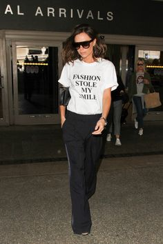 Victoria Beckham T-Shirt - Victoria Beckham answered the question that's on everyone's mind when she wore this T-shirt.