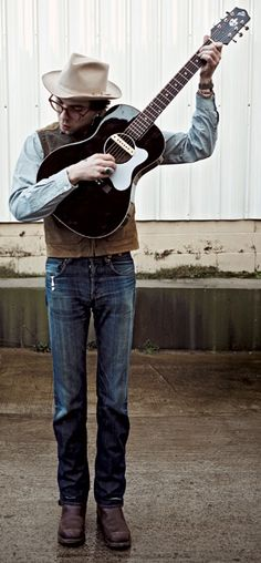 Justin Townes Earle #music #musician http://www.pinterest.com/TheHitman14/musician-in-picture-%2B/