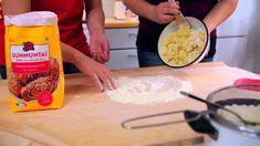 Vatruskat marttojen opastuksella! Vala, Grains, Dairy, Cheese, Baking, Traditional, Food, Youtube, Bakken