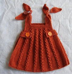 OMGOSH i MUST learn how to crochet! anybody knows how to make a dress like this please comment! This looks like knit, not crochet. Don't know where to find the pattern, however. Knitting For Kids, Baby Knitting Patterns, Crochet For Kids, Baby Patterns, Knit Crochet, Crochet Patterns, Knitted Baby, Dress Patterns, Knit Baby Dress