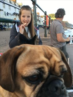 Do you think my friend Amy spotted me photo bombing her!