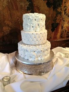 Ideal wedding cake