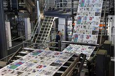Deux autres hebdos L'Écho pour Sun Media/ Empire Quebecor Finance, Printing Press, Sports And Politics, Newspaper, Photo Wall, Entertaining, Frame, Prints, Empire