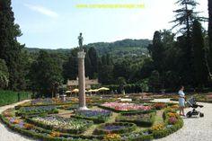 https://flic.kr/s/aHskw5LrSo   El Castillo de Miramar   EEl castillo se encuentre a poco s kilometros al norte de la ciudad de Trieste, fue construído por el Princípe Maximiliano de Habsburgo de Austria y su esposa Carlota de Belgica.