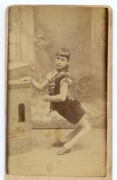1870 Ella Harper - Camel Girl