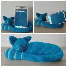 kitty phone stand