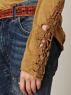 Crochet | Gorgeous detailing on the sweater sleeve. Notice also: Sleeve length (to knuckles), and longer back, tucked in front.