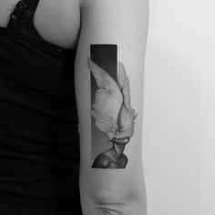 Let your thoughts fly. Modern upper arm tattoo by Pawel Indulski (Kristen - Tattoos Modern Tattoos, Unique Tattoos, Beautiful Tattoos, Unique Tattoo Designs, Dot Work Tattoo, Back Tattoo, Tattoo Arm, Future Tattoos, Tattoos For Guys
