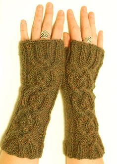fingerless gloves with cable detail (worsted weight, alpaca/wool blend)  free pattern on ravelry
