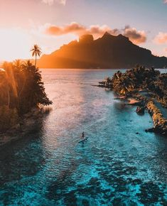 I want to travel a lot, and one of my dream vacations, is Bora Bora. Vacation Places, Dream Vacations, Vacation Travel, Beach Travel, Asia Travel, Nature Photography, Travel Photography, Photography Aesthetic, Photography Poses