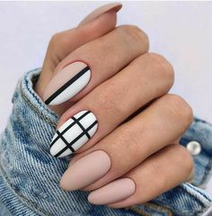 Classy Almond Nails, Fall Almond Nails, Natural Almond Nails, Short Almond Nails, Almond Nail Art, Classy Nail Art, Classy Nail Designs, Fall Nail Art Designs, Black Nail Designs