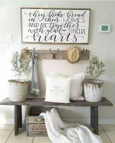 Farmhouse entryway decor ideas (18)