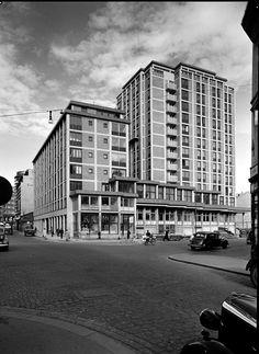 Oslo Hotel Viking rett etter åpningen i 1951 Oslo Hotels, Vikings, Multi Story Building, The Vikings, Viking Warrior
