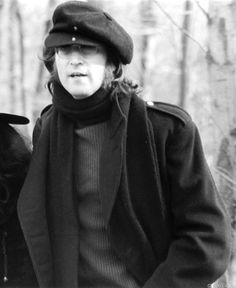 John Lennon - 1973.01.05 Walking In Greenwich, Connecticut. January 5, 1973. © Bob Gruen - www.bobgruen.com