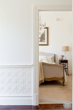 10 Engaging Tips AND Tricks: Wainscoting Panels Ideas wainscoting entryway craftsman style.Picture Frame Wainscoting Under Window wainscoting island cabinets. Picture Frame Wainscoting, Painted Wainscoting, Dining Room Wainscoting, Wainscoting Styles, Wainscoting Panels, Wall Panelling, Black Wainscoting, Wainscoting Height, Wainscoting Nursery