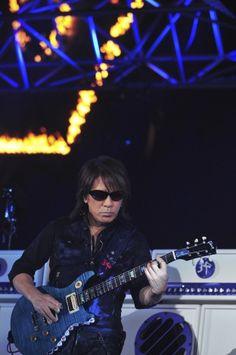 画像・写真|卓越したギター演奏を披露した松本孝弘 3枚目 Hollywood, Album, Concert, Music, Guitar, Rocks, Hero, Artists, Live