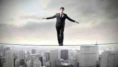 Você já ficou com medo de ser chamado de louco pela sua família? Entenda melhor a relação entre empreender e tomar riscos. CLIQUE AQUI ► http://www.ignicaodigital.com.br/tomar-riscos-investir-faz-parte/