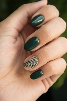 Spring Nail Colours and Nail Art Ideas Spring Nail Colors und Nail Art Ideen * Beauty von Phillippa The post Frühlingsnagel-Farben und Nagelkunst-Ideen appeared first on Frisuren Tips - Nail Stamping Spring Nail Colors, Spring Nail Art, Spring Nails, Summer Nails, Summer Nail Colors, Spring Art, Winter Nails, Short Nail Designs, Nail Designs Spring