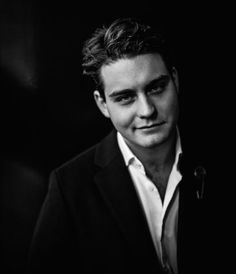 Douwe Bob will sing for The Netherlands in Stockholm