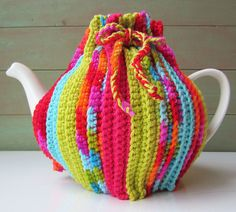 Ravelry: Project Gallery for How to crochet a easy Tea Pot Cozy Warmer pattern by bobwilson123