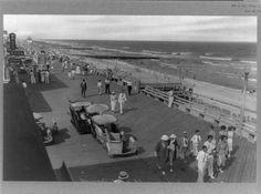 Boardwalk,beach,ocean,beaches,people,gathered,Ocean City,Maryland,MD,1920