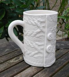 Knitted mug coffee tea buttoned up cable arran ceramic pottery ceramics  £12.99