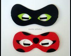 Mascara Ladybug ou Cat Noir em EVA
