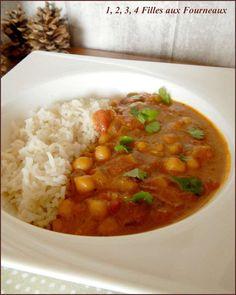 Je fais régulièrement des currys de pois chiches mais celui-ci est incontestablement le meilleur !!! Même ma fille de 13 ans qui n'aime pas du tout les pois chiches a aimé alors n'hésitez pas à réaliser ce plat plein de saveurs. la recette vient du blog...