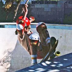 """@skaterbuilt on Instagram: """"Time Travel Tuesday with an epic one of our in house skatelegend-in-denial..Mr. Jason Porter Smith aka """"the layback master"""" Jay Smith…"""" Skateboard Photos, Skate Photos, Old School Skateboards, Vintage Skateboards, Skate Wheels, Skate Surf, Lords Of Dogtown, Skate And Destroy, Skate Board"""